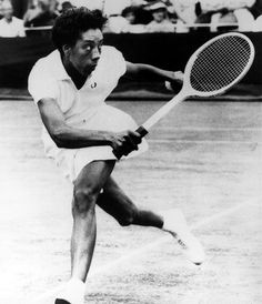 Althea Gibson, Athlete Because before Venus, before Serena, there was Althea, who in 1957 became the first African American to win Wimbledon. Althea Gibson, American Tennis Players, Person Of Color, Bold And The Beautiful, Political Figures, African American History, Famous Women, Change The World, Good People