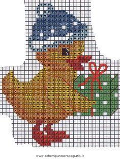 Christmas Duck with gift Christmas Duck, Christmas Charts, Christmas Afghan, Christmas Animals, Christmas Cross, Xmas Cross Stitch, Cross Stitch Baby, Cross Stitch Charts, Cross Stitching