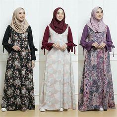 Image may contain: 4 people, people standing Batik Fashion, Abaya Fashion, Work Fashion, Fashion Dresses, Batik Muslim, Muslim Dress, Dress Sketches, Batik Dress, Malu