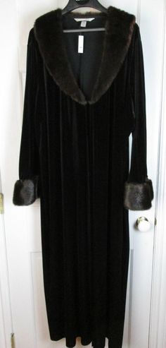 New Sexy Sensual Cacique Brown Velvet Robe Faux Fur Collar & Cuffs 22/24 #Cacique #Robes