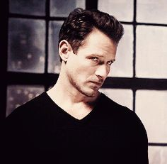 Uncle Peter Hale ;)