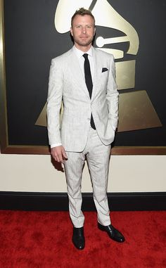 Dierks Bentley from Best Dressed Men at the 2015 Grammys...Ow ow! To put it plainly, the country star is smokin' hot in a John Varvatos number.