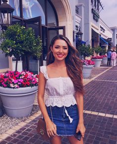 Floral Set Hey guys so to continue my trip recap, the next few days were chill as we continued to explore the area and also had a chance to go watch one of my boyfriend's… Hot Outfits, Stylish Outfits, Spring Outfits, Fashion Outfits, Womens Fashion, Spring Wear, Hapa Time, Jessica Ricks, Boho Romper