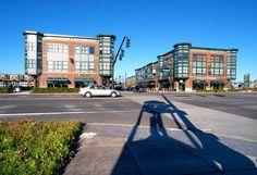 Orenco Station Retail. Courtesy of Portland Ground:Pictures of Portland Oregon