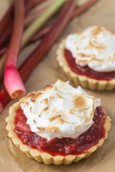 Delicious Desserts, Dessert Recipes, Cook N, Sugar Pie, Danish Food, Cake Cookies, Yummy Cakes, Amazing Cakes, Cravings