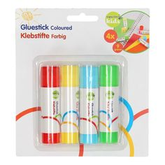 Lijm eenvoudig papier of andere knutselmaterialen aan elkaar met behulp van deze lijmstiften met gekleurde lijm. De set bestaat uit 4 lijmstiften van 9 gram in de kleuren rood, geel, blauw en groen. Afmeting: 8 x 8 cm - Lijmstift, 4st.