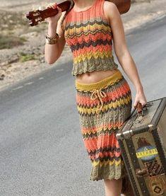 """Crochê Inovador en Instagram: """"Belíssimo conjunto 💗 Leia a descrição ⤵️ . Cansada de encontrar gráficos sem qualidade ou em outros idiomas na internet? Preparamos um…"""" Moda Instagram, Knit Dress, Dress Skirt, Bustier Outfit, Hippie Crochet, Crochet Crop Top, Boho Look, Boho Outfits, Diy Fashion"""