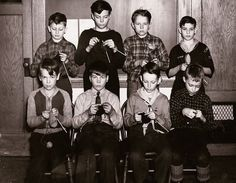 Emerson Elementary School boys knitting for the War effort, 1944. http://judyweightman.wordpress.com/2012/10/09/more-knitting-history-world-war-ii/