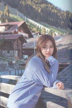 """Twice-Tzuyu in Switzerland """"TWICE TV5"""""""
