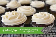 Video Tip: How to Frost Cupcakes {Bakery Style!}