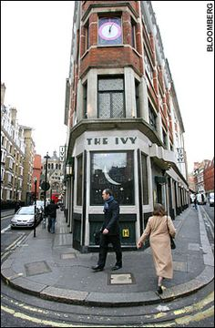 Fabulous glamour restaurant. The Ivy