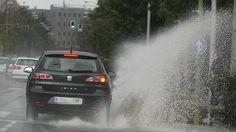 Según las previsiones meteorológicas, vamos a tener un fin de semana pasado por agua. Por lo tanto, si vas a conducir, o tienes planteado un viaje largo, toma todas las precauciones posibles y ve con cuidado. Disfruta del fin de semana!