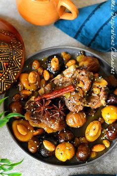 Sweet and savory lamb tagine with chestnuts (Kastel) - Cuisine du Monde - Meat Recipes Tajin Recipes, Meat Recipes, Beef Tagine, Morrocan Food, Healthy Ground Beef, Confort Food, Vegan Junk Food, Middle Eastern Recipes, No Cook Meals