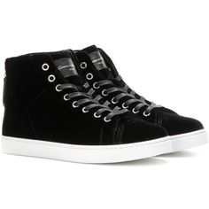 Gianvito Rossi High Loft Velvet High-Top Sneakers (1.180 BRL) ❤ liked on Polyvore featuring shoes, sneakers, black, black sneakers, black shoes, gianvito rossi, black hi tops and high-top sneakers