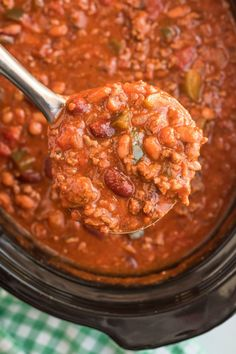 This hearty Crockpot Chili Con Carne is another favorite of mine among the list of home cooked comfort foods I love to make for the family. Crockpot, Easy Meal Plans, Easy Meals, Curry, Soup, Family Fresh Meals, Ethnic Recipes, Chana Masala, Casserole