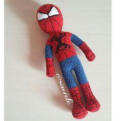 Güünaydın millet modifiye spidermanle karşınızdayız 30 cm boyunda kendisi bnm oglanlar cok bozuldu bizimki küçük bu büyük diye pattarn bana ait birde küçük bir rica spariş için dm den ulaşısanız sevinirim bereketli günler #amigurumilove #spiderman #amigurumidoll #amigurumi #gurumigram #crochet #crochetdoll #crochetlove #crocheting #crochetersofinstagram #handmade #häkeln #häkelnisttoll #elişi #elemeği #nakopırlanta #nakoiplikleri