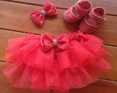 Kit bunda rica tutu bailarina Baby Girl Dresses, Baby Dress, Flower Girl Dresses, My Baby Girl, Baby Love, Tutu Bailarina, Baby Bling, Cute Baby Clothes, Baby Crafts