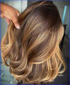 Brown Hair Balayage, Brown Hair With Highlights, Hair Color Highlights, Ombre Hair, Honey Balayage, Blonde Balayage, Hair Colour, Honey Blonde Hair, Brunette Hair