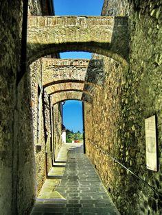 ANGHIARI (Toscana) Brooklyn Bridge, Tuscany, Italy, Travel, Italia, Viajes, Tuscany Italy, Destinations, Traveling