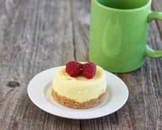 10 Minute Microwave Cheesecake Mug Cake