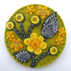 BLOSSOM FELT BROOCH WITH FREEFORM EMBROIDERY