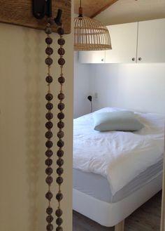 Op de badkamer, de toilet, met lucht-ventilatie-systeem www ...
