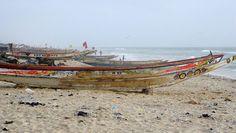 Las barcas de pesca en la playa de Guet Ndar, una de las barriadas de pescadores de Saint-Louis