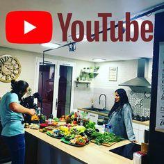 L'atelier de Kristel - La cuisine de l'île Maurice Sauce Chinoise, Flaky Biscuits, Tapas, Beignets, Chutney, Brunch, Food And Drink, Cooking Recipes, Tinkerbell