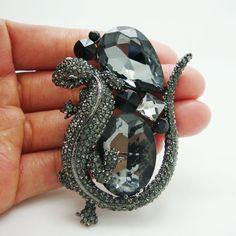 Black Rhinestone, Crystal Rhinestone, Vintage Fashion, Vintage Style, Brooch Pin, Jewelery, Gemstone Rings, Cooper Mountain, Gemstones