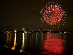 Monday July 1st is a national day off, Canada Day is celebrated across the country with fireworks! Stop by b&b and watch the fireworks across the water.
