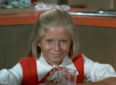 Eve Plumb, Florence Henderson, The Brady Bunch, Star Pictures, Old Tv Shows, Vintage Tv, Retro Aesthetic, Classic Tv, Favorite Tv Shows