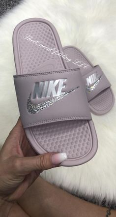 Nike Benassi for sale Cute Nike Shoes, Cute Nikes, Cute Sneakers, Women's Shoes, Nike Slides For Girls, Women Slides, Nike Benassi Slides, Nike Slippers, Nike Shies