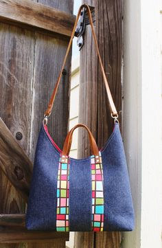 From Hypernoodle: Meera Bag