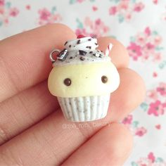#kawaii #charms #polymer #clay #cupcake