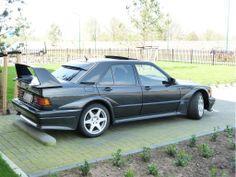 Mercedes-Benz 190 E 2.5-16 Evolution II what a car