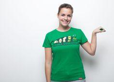 """Frog's Evolution"" de Baruyo - Consíguela en  http://www.pampling.com/ficha_producto.php?id_producto=239 #pampling #tee #tshirt #dailytee #fashion #design #cool #creative #kermit #gustavo #frog #sesameStreet #Camisetas"