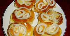 Kdo pamatuje na smaženky, ať zvedne ruku. Czech Recipes, Ethnic Recipes, No Salt Recipes, Hamburger, Sushi, Sandwiches, Recipies, Brunch, Food And Drink
