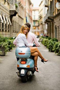 Piaggio Vespa, Lambretta Scooter, Vespa Scooters, Vespa Girl, Scooter Girl, Girl Bike, Motorbike Girl, Triumph Motorcycles, Retro Roller