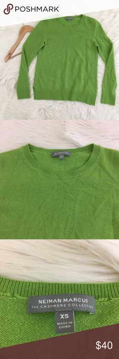 """☘️Neiman Marcus☘️Cashmere Collection Sweater Neiman Marcus cashmere collection women's XS 100% Cashmere Sweater • Green • Crewneck  • stretchy • super soft • great condition, no flaws  Length: 23"""" Armpit to armpit: 17""""  📌NO lowball offers 📌NO modeling 📌NO trades  I will try to respond to inquiries in a timely matter. Please check out the rest of my closet, I have various brands and ALL different sizes. Some new with tags, others in excellent condition😊 Neiman Marcus Sweaters Crew & Scoop…"""