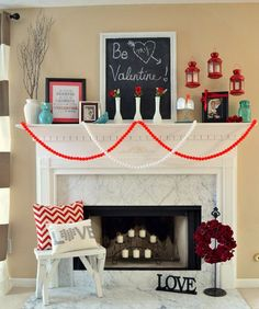 20 Gorgeous Valentine's Day Mantel Decorations | Home Design And Interior