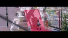 AbanCommercials: The Honest Company TV Commercial  • The Honest Company advertsiment  • The Media Darling  • The Honest Company The Media Darling  TV commercial • When the shot worth sharing requires props, patience and the perfect diaper.