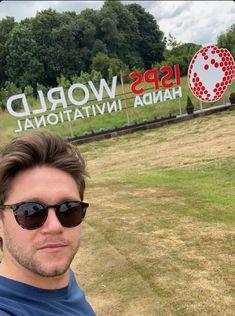 Niall Horan Round Sunglasses, Mirrored Sunglasses, Mens Sunglasses, Niall Horan, Fashion, Moda, Round Frame Sunglasses, Fashion Styles, Men's Sunglasses