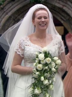 Doctor Who costume idea: Donna Noble in the Turn Left episode ...