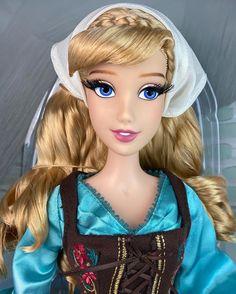 Disney Stuff, Disney Art, Disney Snowglobes, Disney Barbie Dolls, Life Like Baby Dolls, Cinderella Doll, Disney House, Asian Doll, How To Make Diy