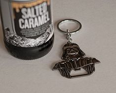 Darth Vader Bottle Opener Keychain, Millennium Opener Star Wars: 6 cm x cm//Star wars Darth Vader Metal Bar Cap Beer Bottle Opener! Nice Darth Vader gift for star wars fans! Great design and it works perfectly. Beer Bottle Opener, Bottle Openers, Bottle Opener Keychain, Star Wars Gifts, Metal Bar, Beer Lovers, Bride Gifts, Gifts For Him, Wines