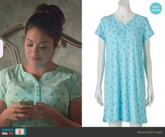 Jane's anchor print pajamas on Jane the Virgin.  Outfit Details: http://wornontv.net/48619/ #JanetheVirgin