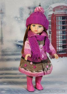 Пальтишко и шапочка с шарфиком.