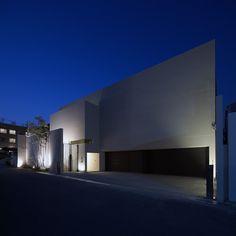 水庭のある家 RC造 ガレージハウス デザイナーズハウス・注文建築・自由設計・建築家 アーキッシュギャラリー(東京・名古屋・大阪)Achish&Gallery