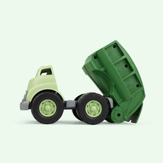 The Green Toys Recycling Truck - Start them young with their recycling habits or just let them play with this amazing truck. Green Toys, No Plastic, Toy Trucks, Cool Toys, Green Colors, Transportation, Recycling, Play, Cool Stuff