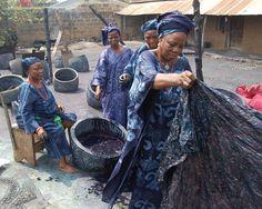 2 Indigo dyers at Nike Centre for Art & Culture, Oshogbo, Nigeria. Photo copyright Mary Lance  -